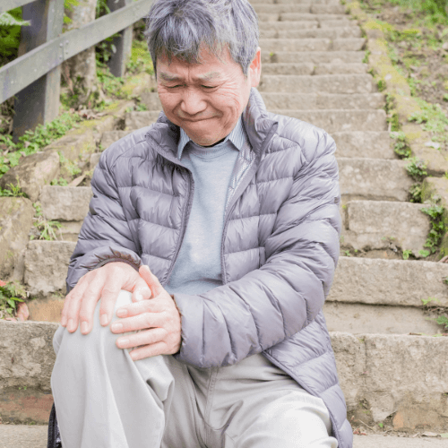 Our knee pain and neuropathy clinic can help you get out of pain.